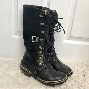 Sorel Conquest Carly Black Leather Winter Boots